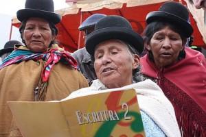 Leselernprojekt in Bolivien (Foto: Weltbibelhilfe)