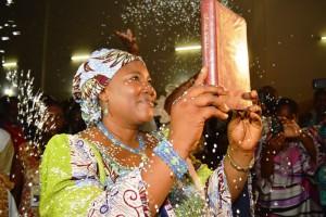 Präsentation der Mina-Bibel in Togo