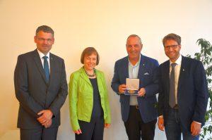 Im Bild (v.l.) Christoph Rösel, Annette Kurschus, Roland Werner und Christian Brenner
