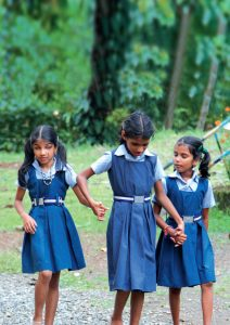 Sheila, Meena und Manju besuchen die Aluva Blindenschule in Kerala. (Foto: WBH)